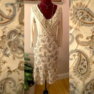 Pretty paisley flounce skirt